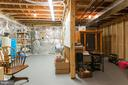 Unfinished lower level- finish your way - 16924 OLD SAWMILL RD, WOODBINE