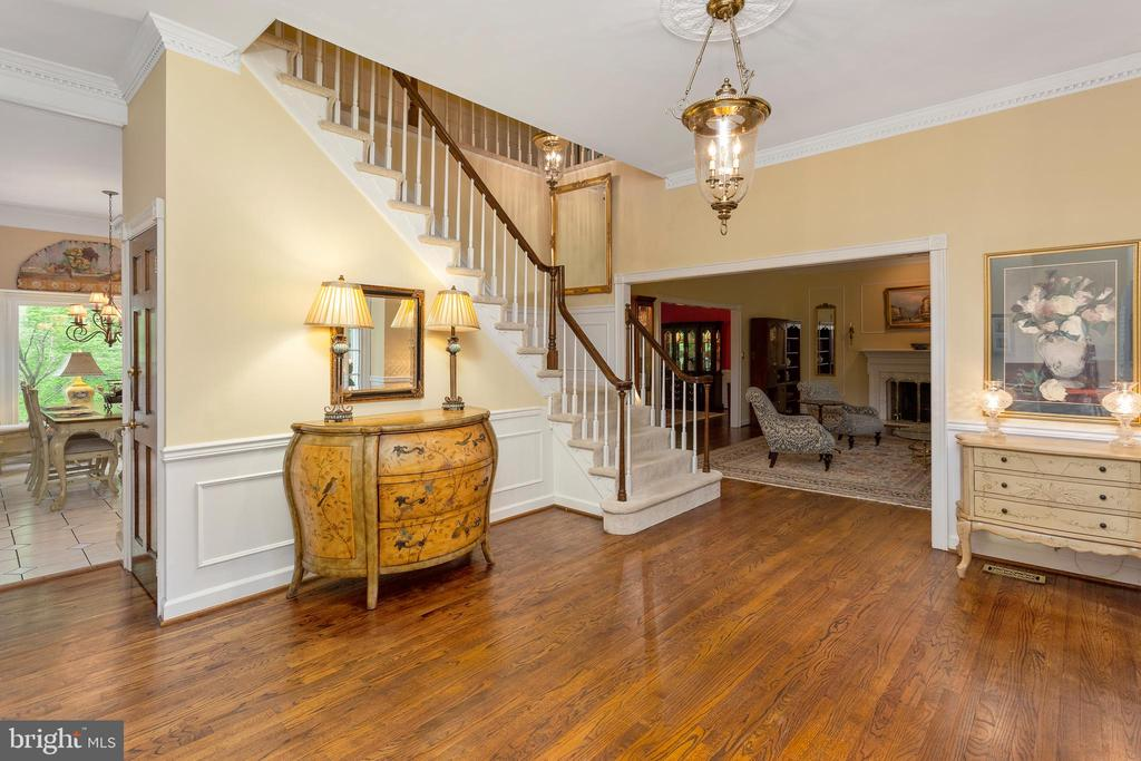 Foyer Entry - 8512 CATHEDRAL FOREST DR, FAIRFAX STATION