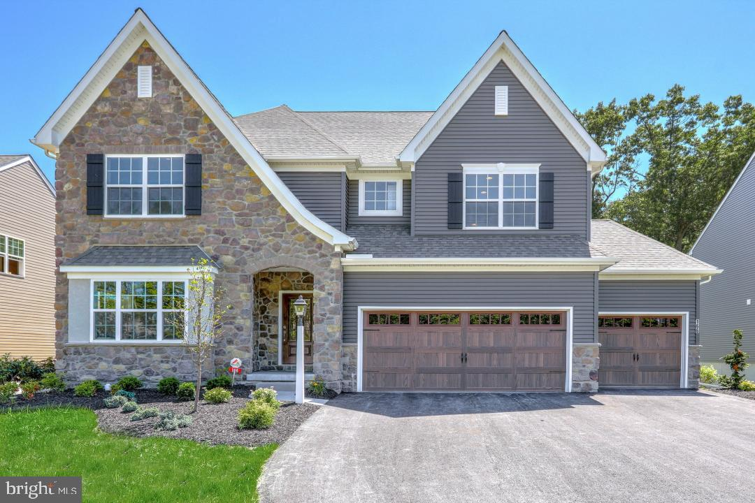 Single Family Homes for Sale at Spring Grove, Pennsylvania 17354 United States
