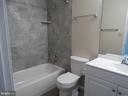Hall Bath - 11812 BUCHANAN CT, FREDERICKSBURG