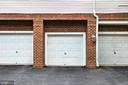 Private garage with indoor access to condo - 4310-T CANNON RIDGE CT #92, FAIRFAX