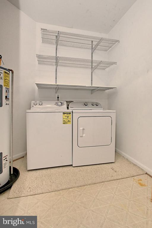 Separate laundry room with storage space - 4310-T CANNON RIDGE CT #92, FAIRFAX