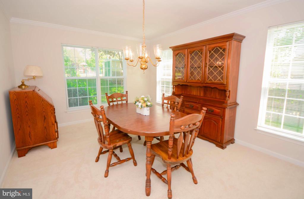 Formal Dining Room - 318 OAKCREST MANOR DR NE, LEESBURG