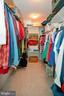 Extended Master Closet - 318 OAKCREST MANOR DR NE, LEESBURG