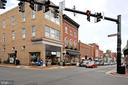 Historic Downtown Leesburg amenities - 42324 BIG SPRINGS CT, LEESBURG