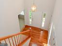 Two Story Foyer with Hardwoods - 318 OAKCREST MANOR DR NE, LEESBURG