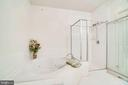 Master Bath Soaking Tub and Shower - 440 BELMONT BAY DR #401, WOODBRIDGE