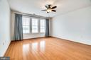 Huge MasterBR- Windows Overlook the Water - 440 BELMONT BAY DR #401, WOODBRIDGE