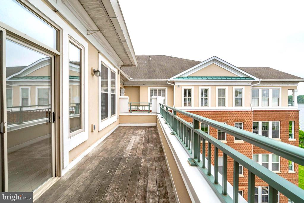 Huge Balcony - Humming Birds Visit! - 440 BELMONT BAY DR #401, WOODBRIDGE