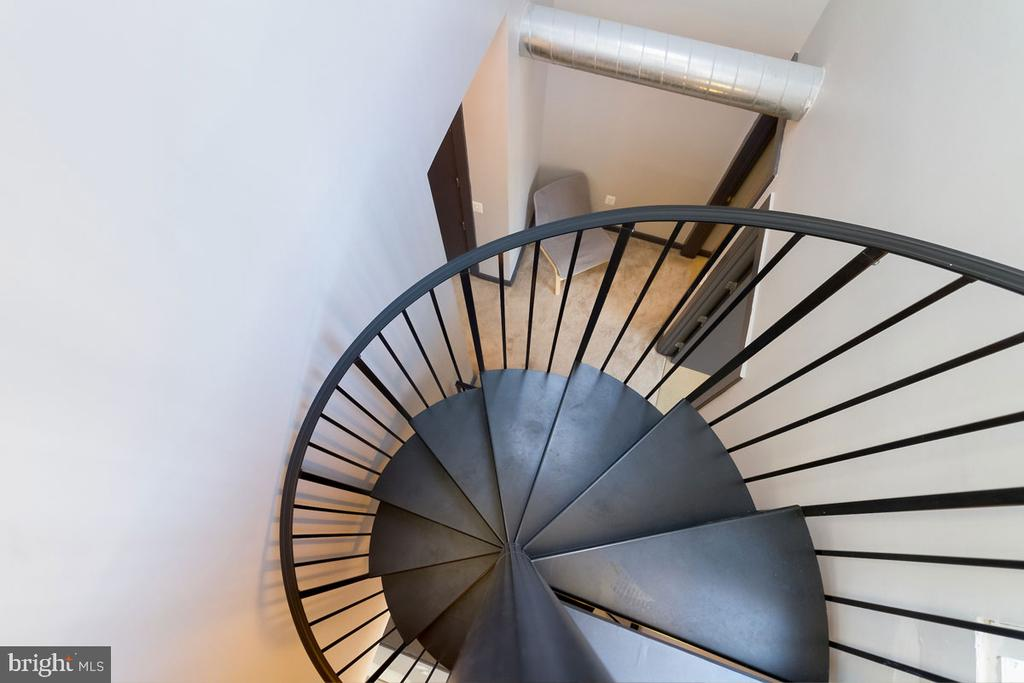 Penthouse: stairs to second floor - 1123 11TH ST NW, WASHINGTON