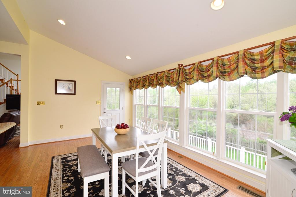 Enjoy your morning breakfast here! - 1517 BROOKDALE CT, WINCHESTER