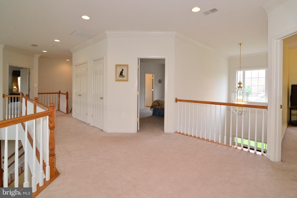 Let's go see the guest bedrooms! - 1517 BROOKDALE CT, WINCHESTER