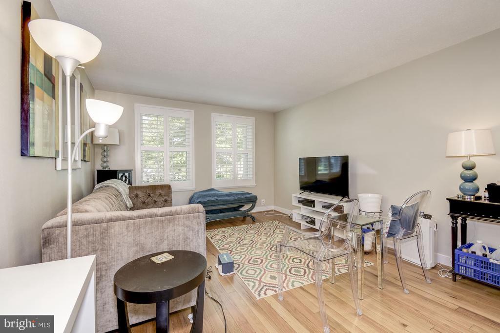 Living room (main floor) - 4317 36TH ST S #A2, ARLINGTON