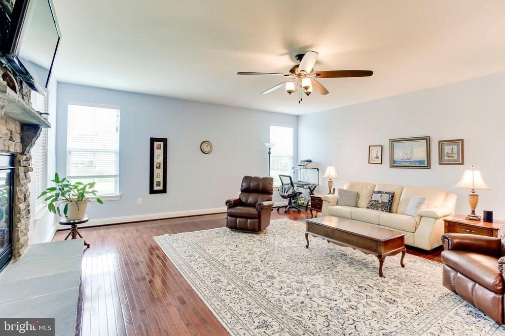 4' Extended Family Room - 42212 MADTURKEY RUN PL, CHANTILLY