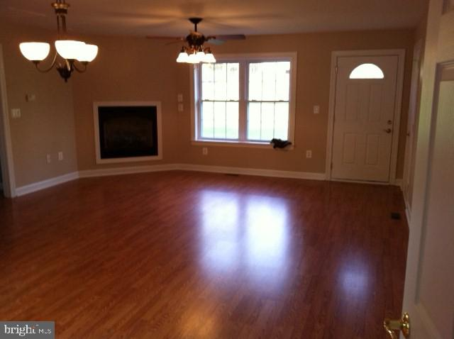 Apartment view of dining and family rooms - 2843 GARRISONVILLE RD, STAFFORD
