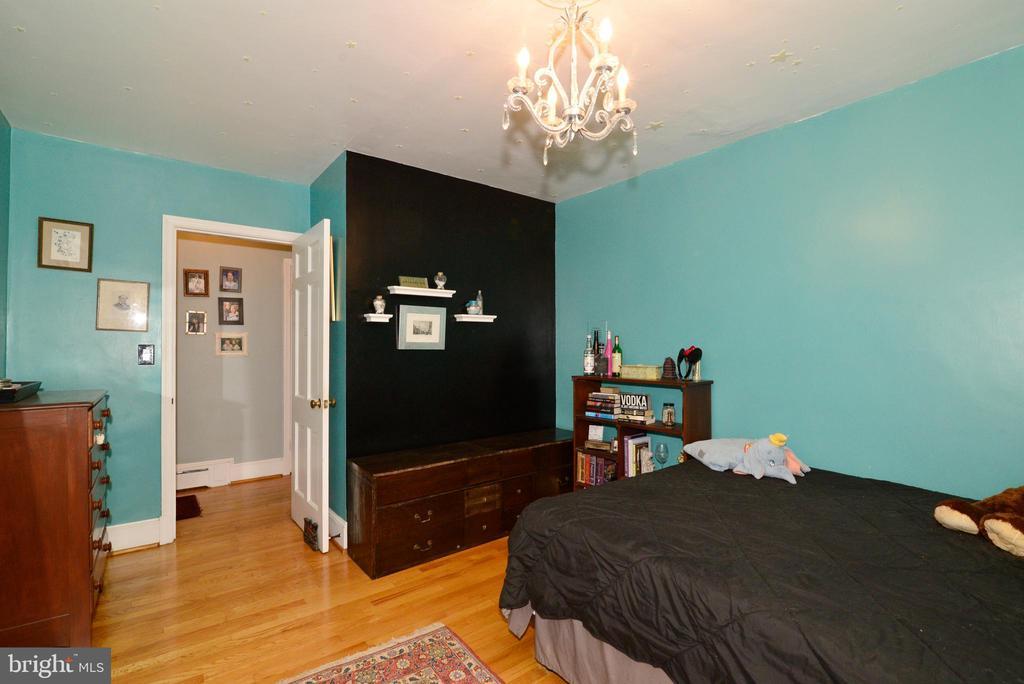 BEDROOM #3 - 604 W MARKET ST, LEESBURG