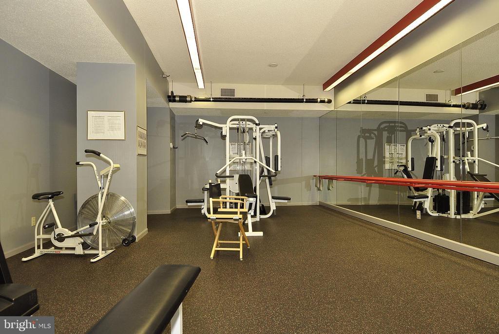 Fitness Room - 5802 NICHOLSON LN #2-L02, ROCKVILLE