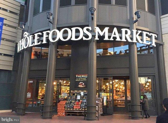 Whole Foods - 5802 NICHOLSON LN #2-L02, ROCKVILLE