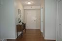 Welcoming Foyer Entry - 5802 NICHOLSON LN #2-L02, ROCKVILLE