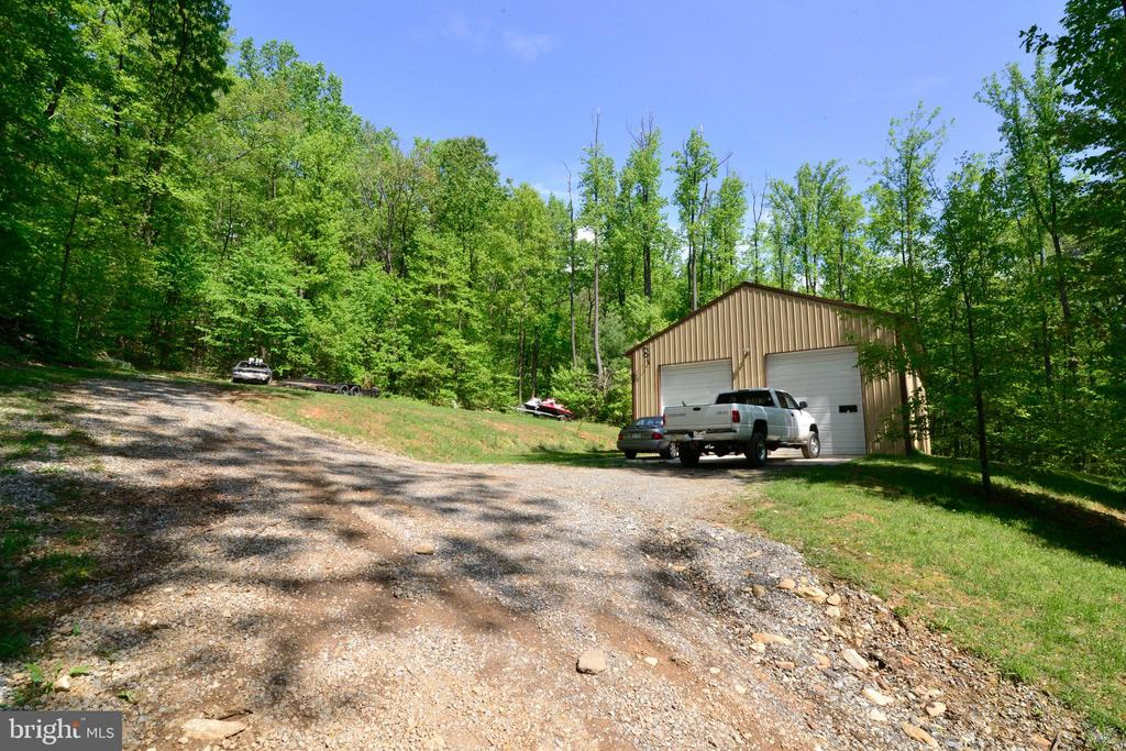 THE GARAGE SITS JUST ABOVE THE HOUSE - 37730 LONG LN, LOVETTSVILLE
