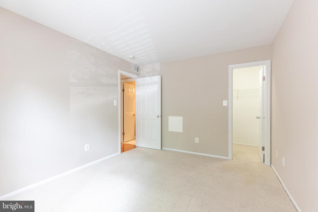 BEDROOM #1 - 1714 ABERCROMBY CT #B, RESTON