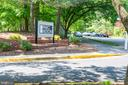 WELCOME TO PARC RESTON! - 1714 ABERCROMBY CT #B, RESTON