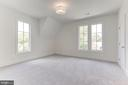 Upper level bdrm 3  w/ en suite bath - 1422 HERNDON ST N, ARLINGTON