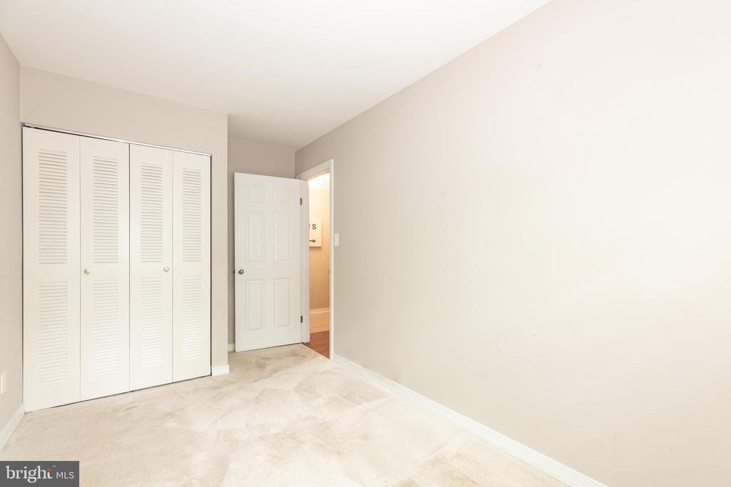BEDROOM #2 CLOSET - 1714 ABERCROMBY CT #B, RESTON