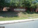 Library Walking Distance - 9746 HAGEL CIR #E, LORTON