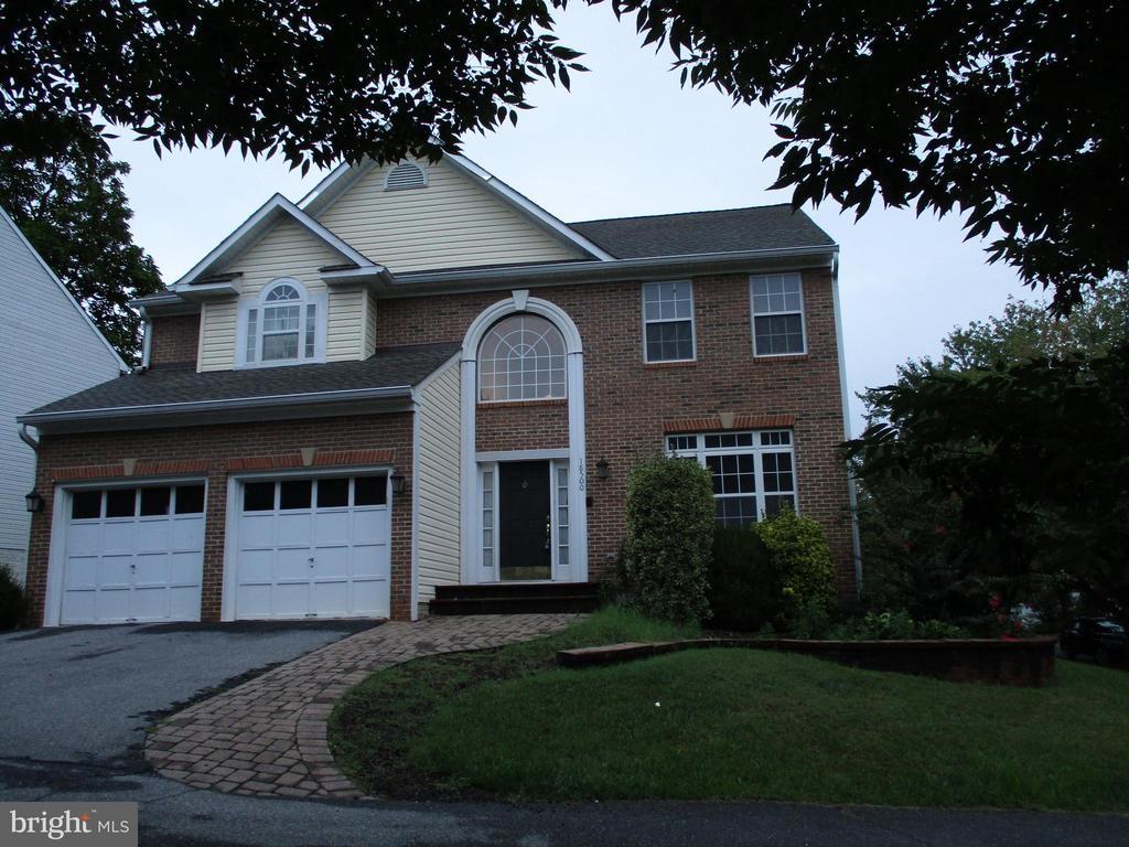 18500  TRAXELL WAY, Gaithersburg, Maryland