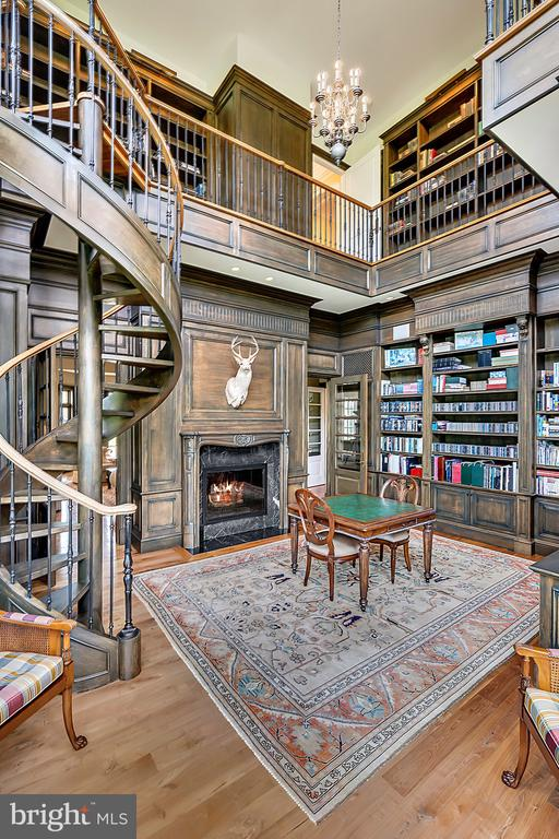 2 Story Library with custom builtin bookcases - 12410 COVE LN, HUME