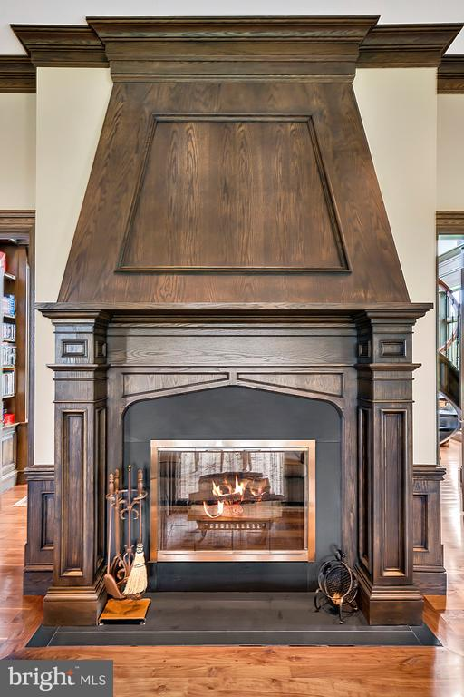 2 Sided Fireplace in Billiard Room - 12410 COVE LN, HUME
