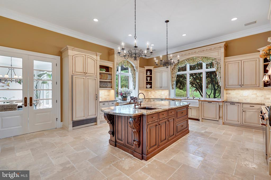 Kitchen with Travertine floors - 12410 COVE LN, HUME