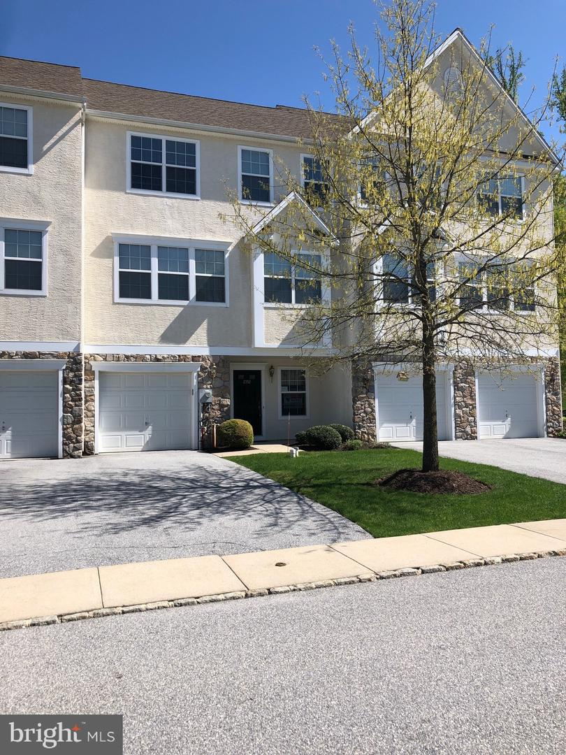 Photo of home for sale at 2752 Shelburne Road, Downingtown PA