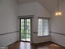LIVING ROOM WITH SGD TO REAR BALCONY - 6009-E MERSEY OAKS WAY #4E, ALEXANDRIA
