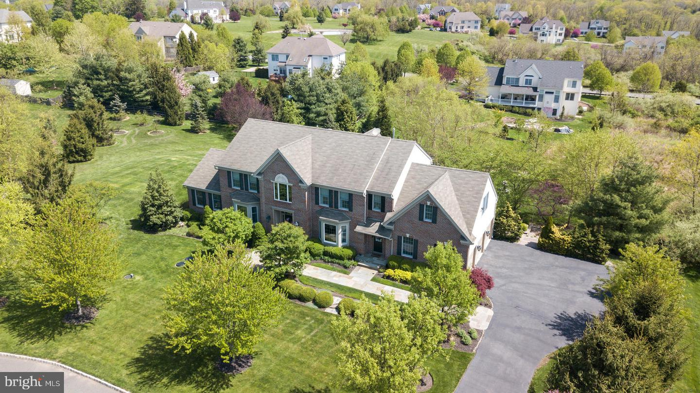 Additional photo for property listing at  Lambertville, New Jersey 08530 United States