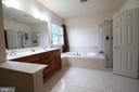 Master Bathroom - 3713 STONEWALL MANOR DR, TRIANGLE