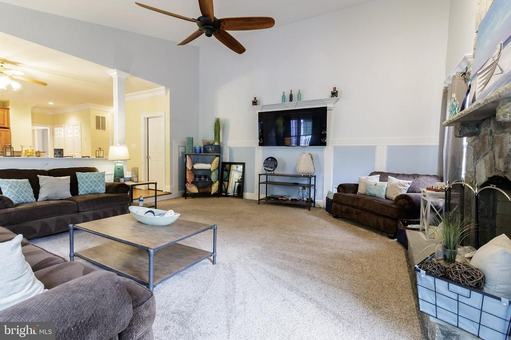 Family Room - 3713 STONEWALL MANOR DR, TRIANGLE