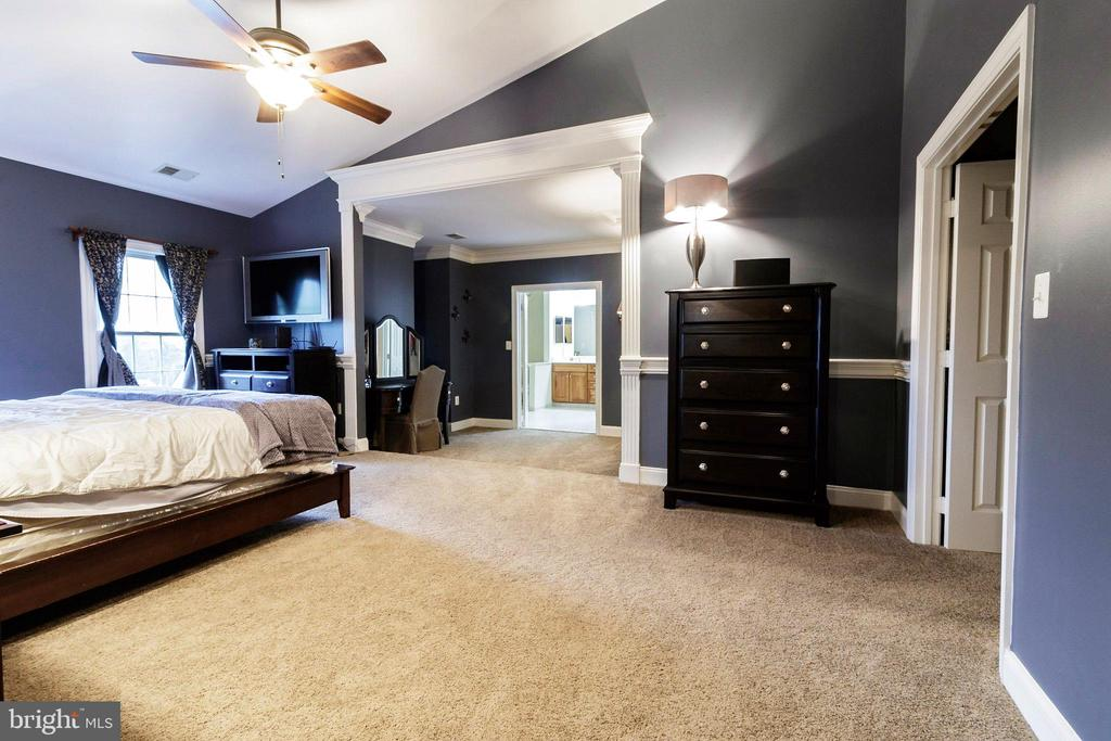 Master Bedroom - 3713 STONEWALL MANOR DR, TRIANGLE