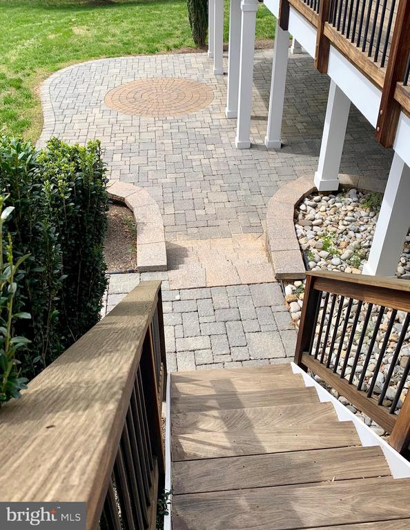 Deck Steps to Patio - 12775 YATES FORD RD, CLIFTON