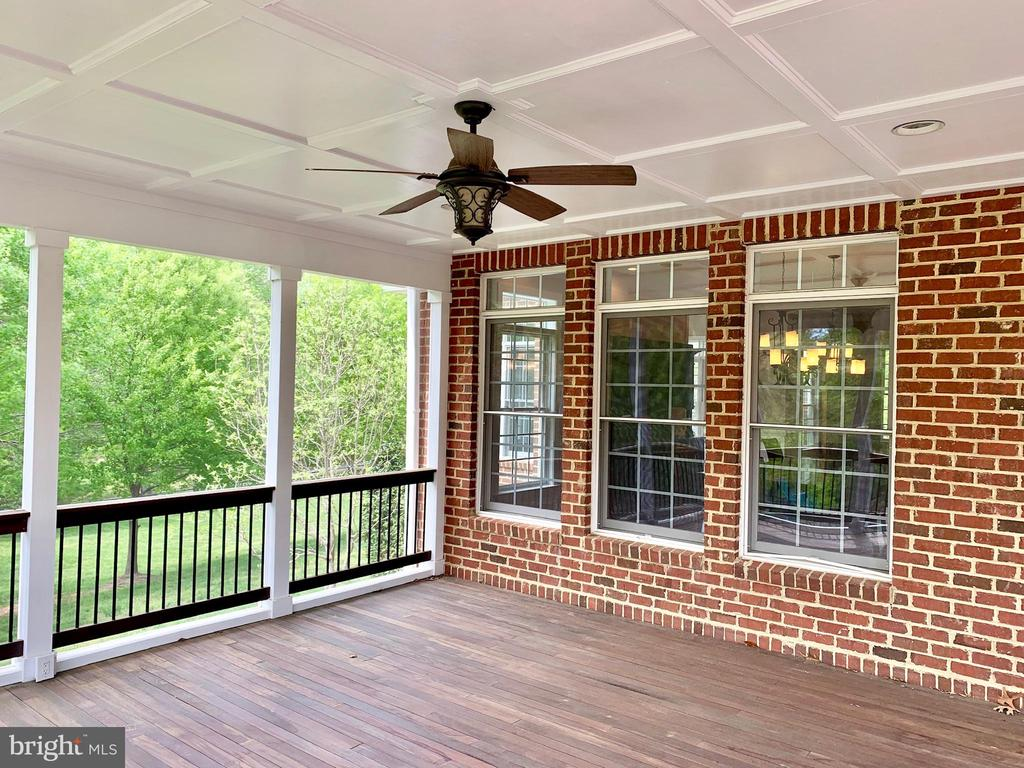 Screened Porch - 12775 YATES FORD RD, CLIFTON