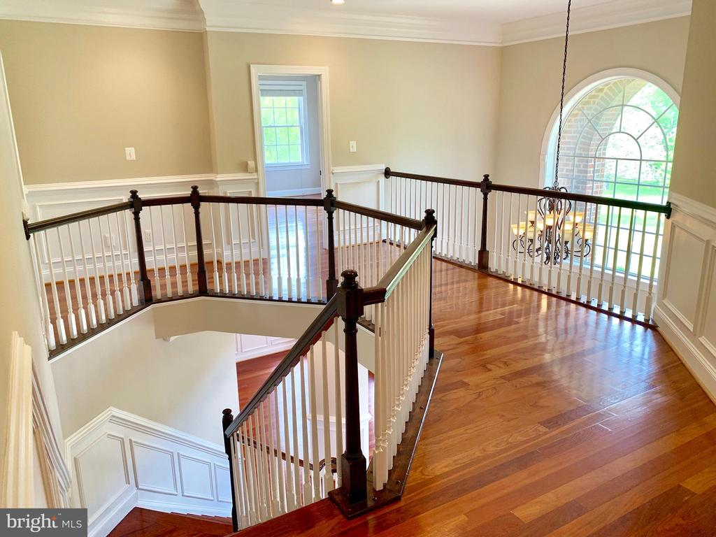 Upstairs Hall - 12775 YATES FORD RD, CLIFTON