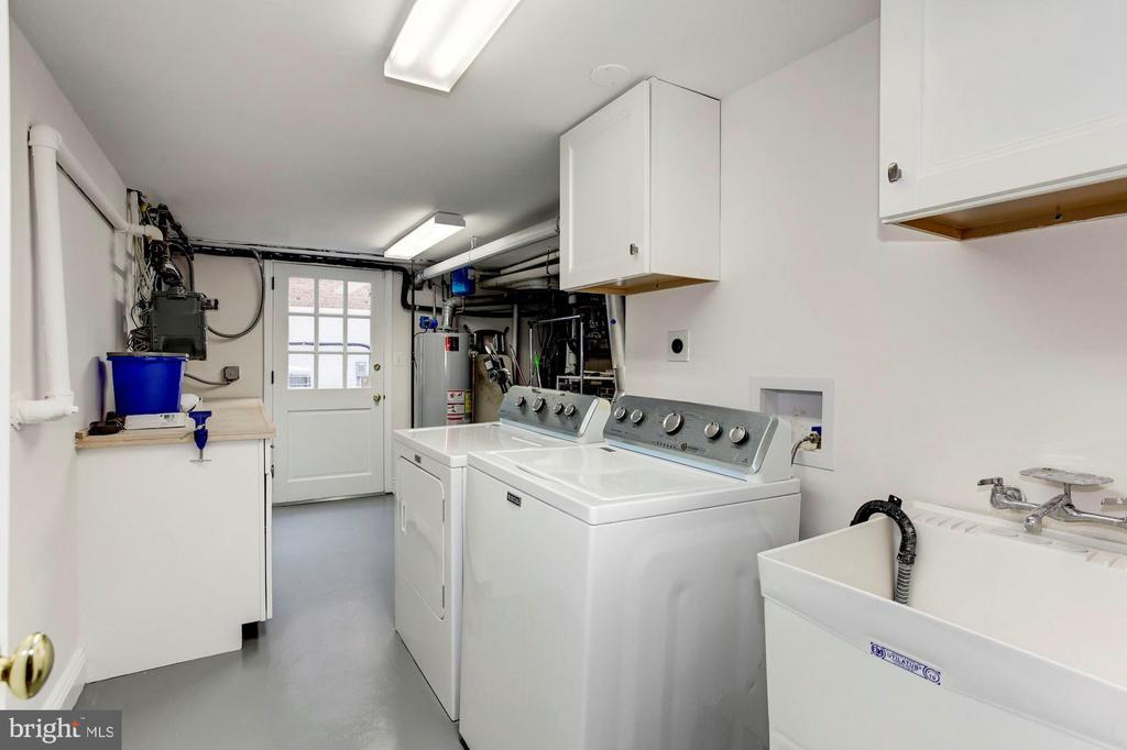 Laundry Room - 3115 NORMANSTONE TER NW, WASHINGTON