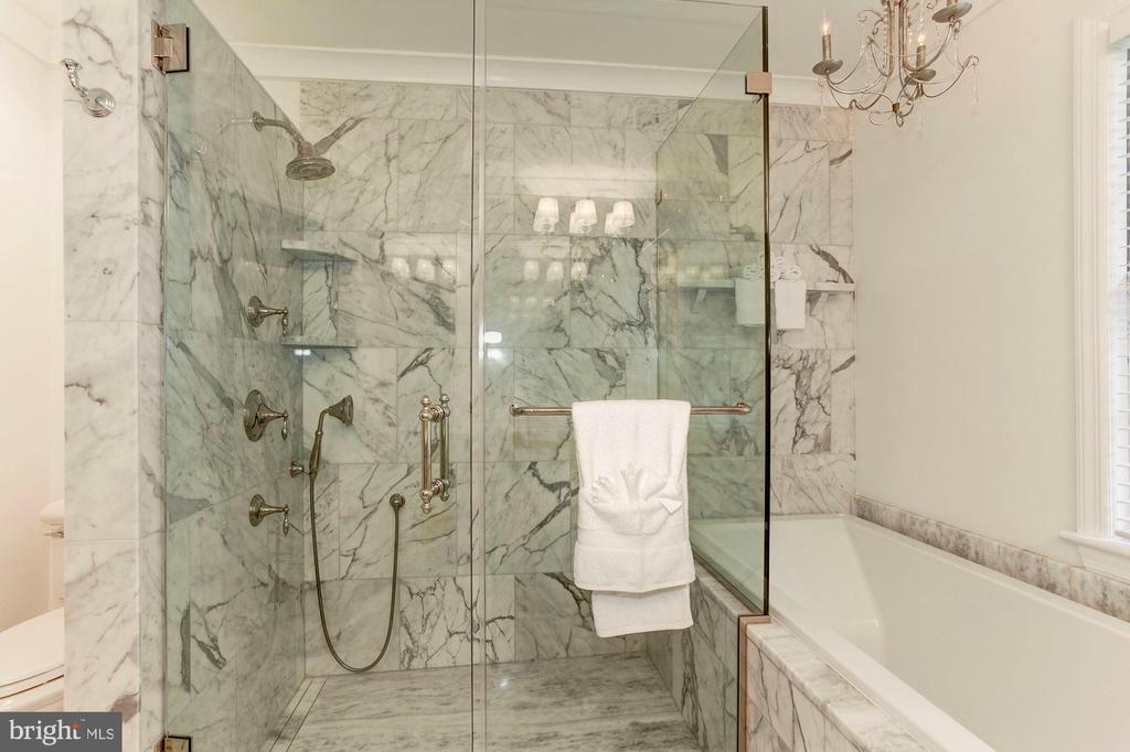 Master Bathroom with separate shower and tub - 3115 NORMANSTONE TER NW, WASHINGTON