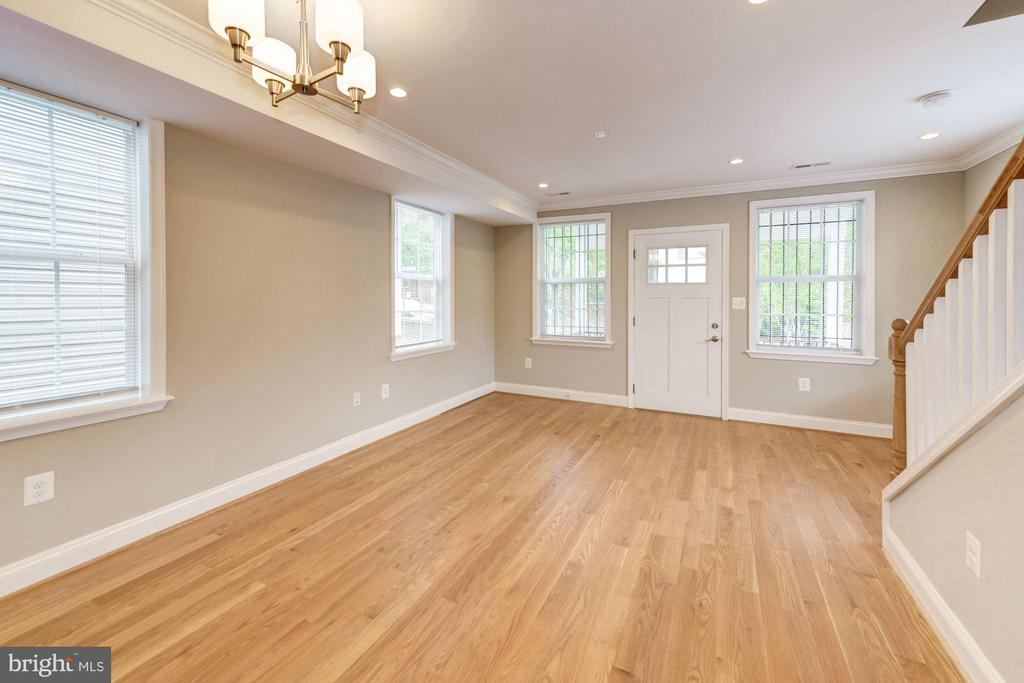 Gorgeous new hardwds & recessed lights throughout - 4521 CLAY ST NE, WASHINGTON