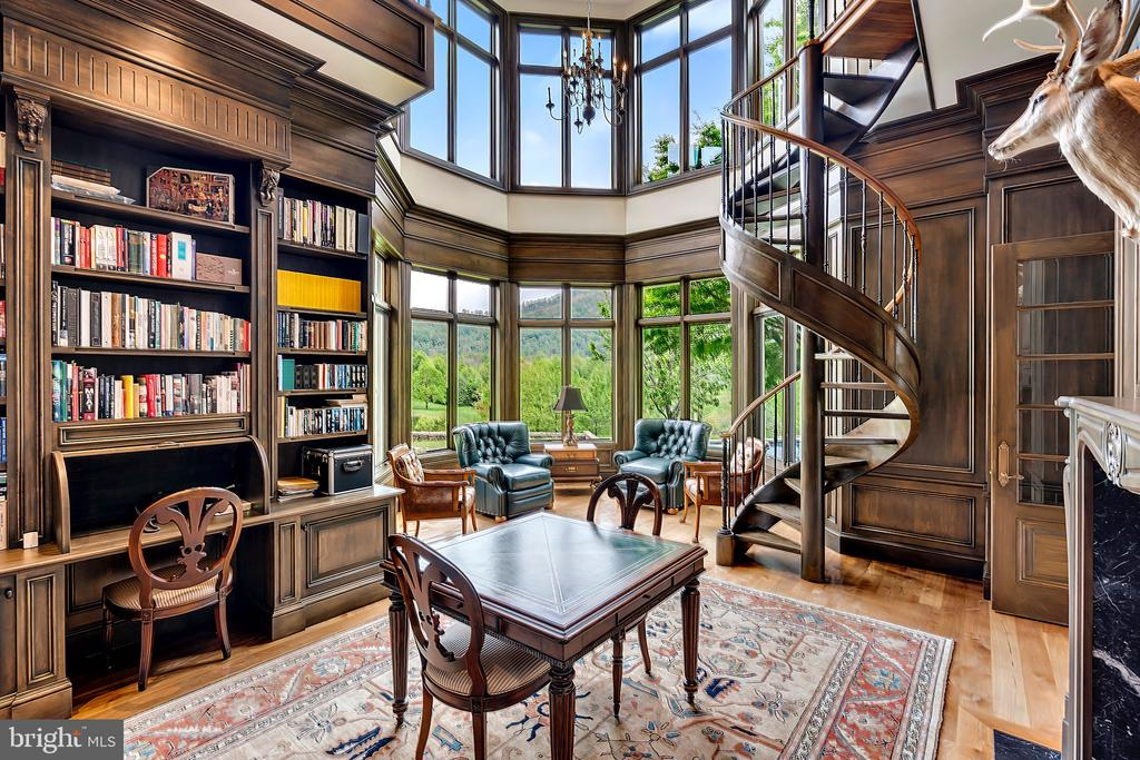 Library with Circluar stair to 2nd  floor stacks - 12410 COVE LN, HUME