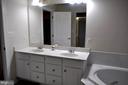 Master bath w/double sink & separate shower. - 1503 S OAKLAND ST, ARLINGTON
