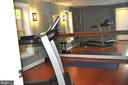Large workout room or 4th BR in the lower level. - 1503 S OAKLAND ST, ARLINGTON