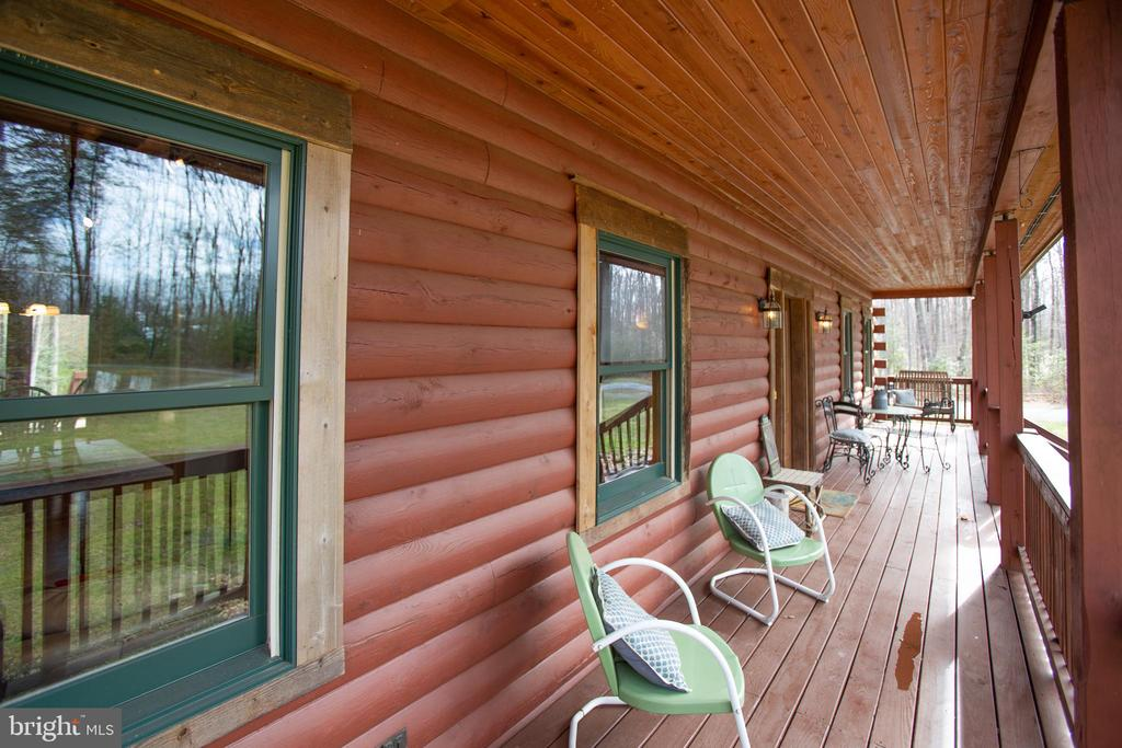 Relax on this Country Porch - 10910 ASTARITA AVE, PARTLOW