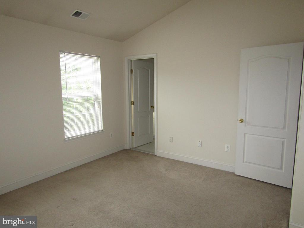 Master Bedroom with Attached Master Bath! - 12946 CLARKSBURG SQUARE RD, CLARKSBURG